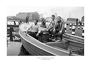 24 Meitheamh 1959<br /> Muintir na Gaillimhe ag loc na canála.<br /> <br /> The men from Galway pose with their boat at the canal lock