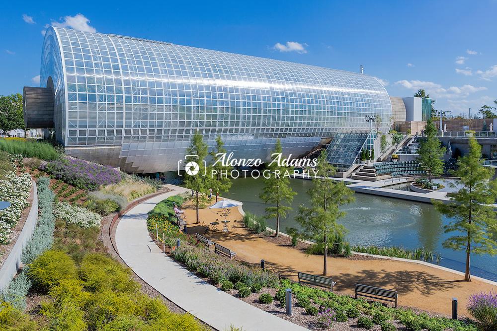Myriad Gardens in downtown Oklahoma City on September 2, 2015. (Photo copyright © 2015 Alonzo J. Adams)