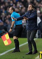 Football - 2019 / 2020 Sky Bet (EFL) Championship - Fulham vs. Leeds United<br /> <br /> Scott Parker, Manager of Fulham FC, appeals for calm from his team at Craven Cottage<br /> <br /> COLORSPORT/DANIEL BEARHAM
