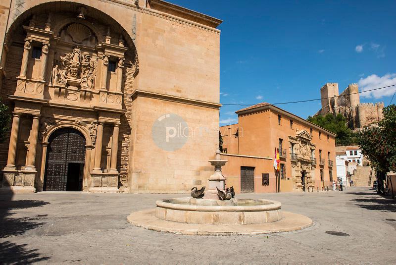 Plaza de Santa Maria. Almansa. Albacete ©Antonio Real Hurtado / PILAR REVILLA