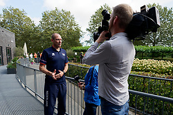 12-09-2019 NED: CEV Press Meeting EC Volleyball 2019, Rotterdam<br /> Coach Roberto Piazza of Netherlands, press, camera