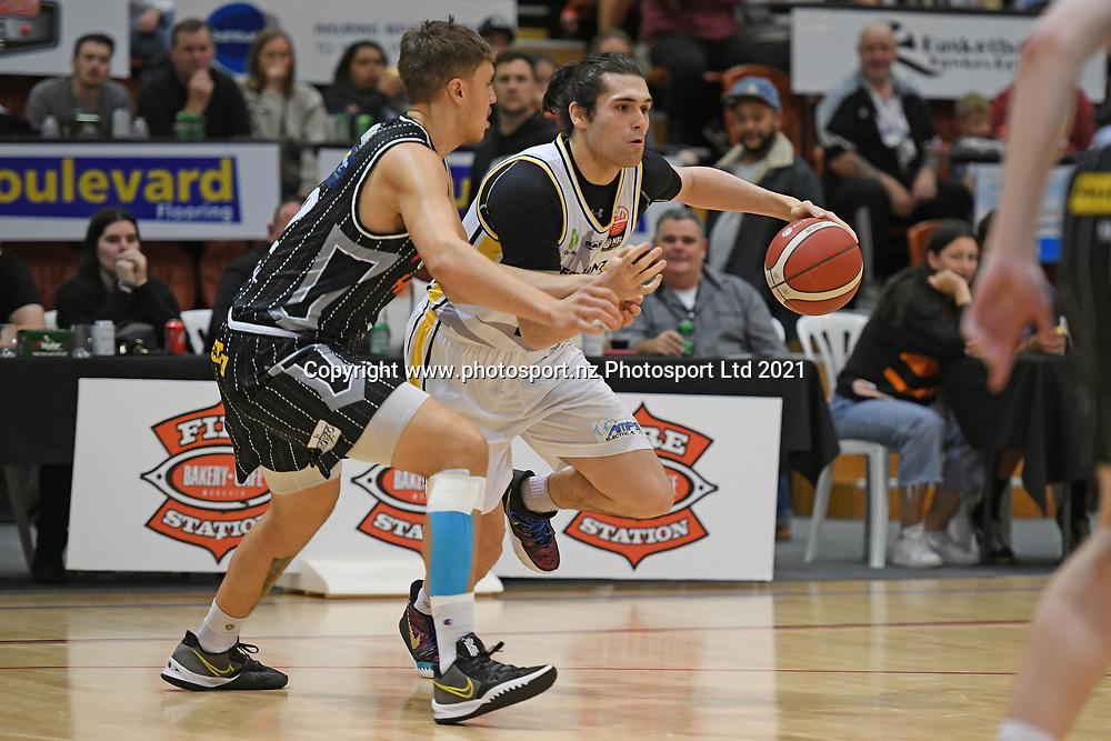 EnviroNZ Bulls Issac Davidson in action in the Sal's NBL Basketball match, Taylor Hawks v EnviroNZ Bulls, Pettigrew Green Arena, Napier, Saturday, June 26, 2021. Copyright photo: Kerry Marshall / www.photosport.nz