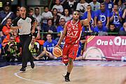 DESCRIZIONE : Campionato 2014/15 Dinamo Banco di Sardegna Sassari - Olimpia EA7 Emporio Armani Milano Playoff Semifinale Gara3<br /> GIOCATORE : Joe Ragland<br /> CATEGORIA : Palleggio Schema Mani<br /> SQUADRA : Olimpia EA7 Emporio Armani Milano<br /> EVENTO : LegaBasket Serie A Beko 2014/2015 Playoff Semifinale Gara3<br /> GARA : Dinamo Banco di Sardegna Sassari - Olimpia EA7 Emporio Armani Milano Gara4<br /> DATA : 02/06/2015<br /> SPORT : Pallacanestro <br /> AUTORE : Agenzia Ciamillo-Castoria/L.Canu