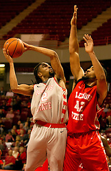 16 October 2014:  Will Ransom defends Tony Wills. Annual Hoopfest at Illinois State Redbirds  in Redbird Arena, Normal IL.