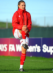 Loren Dykes of Bristol City warms up - Mandatory by-line: Nizaam Jones/JMP - 27/10/2019 - FOOTBALL - Stoke Gifford Stadium - Bristol, England - Bristol City Women v Tottenham Hotspur Women - Barclays FA Women's Super League