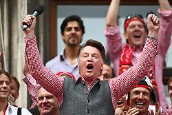 09.05.2010, Marienplatz, Muenchen, GER, 1. FBL, Meisterfeier der Bayern , im Bild Louis van Gaal (Cheftrainer FC Bayern)  , EXPA Pictures © 2010, PhotoCredit: EXPA/ nph/  Straubmeier / SPORTIDA PHOTO AGENCY