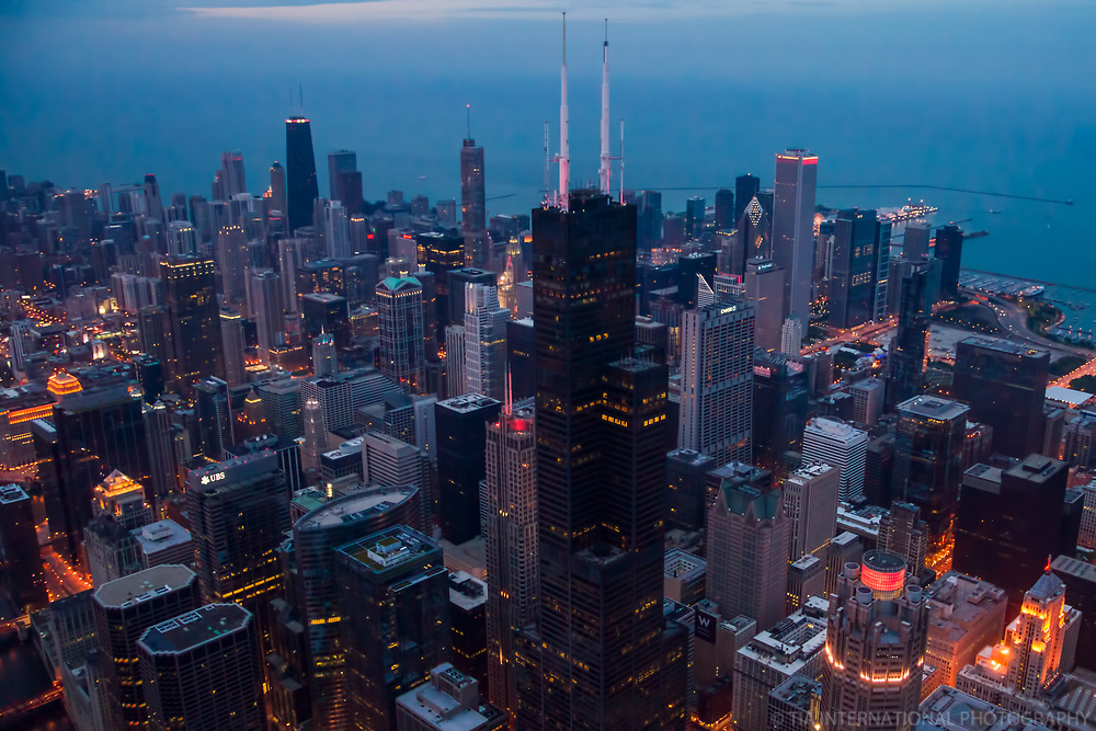 Willis Tower & Downtown Chicago