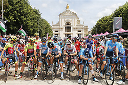 May 16, 2018 - Osimo, ITALY - Illustration picture shows the start of stage 11 of the 101st edition of the Giro D'Italia cycling tour, 1565km from Assisi to Osimo, Italy, Wednesday 16 May 2018...BELGA PHOTO YUZURU SUNADA FRANCE OUT (Credit Image: © Yuzuru Sunada/Belga via ZUMA Press)
