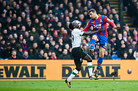 LONDON, ENGLAND - MARCH 31: (19) Sadio Mané of Liverpool, James McArthur (18) of Crystal Palace, Wayne Hennessey (13) of Crystal Palace  during the Premier League match between Crystal Palace and Liverpool at Selhurst Park on March 31, 2018 in London, England.