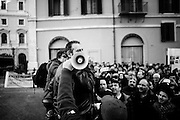 Un numeroso gruppo di terremotati del Centro Italia protestano in Piazza Montecitorio. Roma 25 Gennaio 2017. Christian Mantuano / OneShot<br /> <br /> A group of earthquake victims form central Italy protest in Piazza Montecitorio. Rome 13 January 2017. Christian Mantuano / OneShot