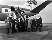 Rugby 1962 - 08/02 Five Nations Irish Team Leaves For Twickenham