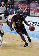 DESCRIZIONE : Verona Campionato Lega Basket A2 2011-12 Tezenis Verona Sigma Barcellona<br /> GIOCATORE : Michael Hicks <br /> SQUADRA : Sigma Barcellona<br /> EVENTO : Campionato Lega Basket A2 2011-2012<br /> GARA : Tezenis Verona Sigma Barcellona<br /> DATA : 15/11/2011<br /> CATEGORIA : Palleggio Penetrazione<br /> SPORT : Pallacanestro <br /> AUTORE : Agenzia Ciamillo-Castoria/L.Lussoso<br /> Galleria : Lega Basket A2 2011-2012 <br /> Fotonotizia : Verona Campionato Lega Basket A2 2011-12 Tezenis Verona Sigma Barcellona<br /> Predefinita :