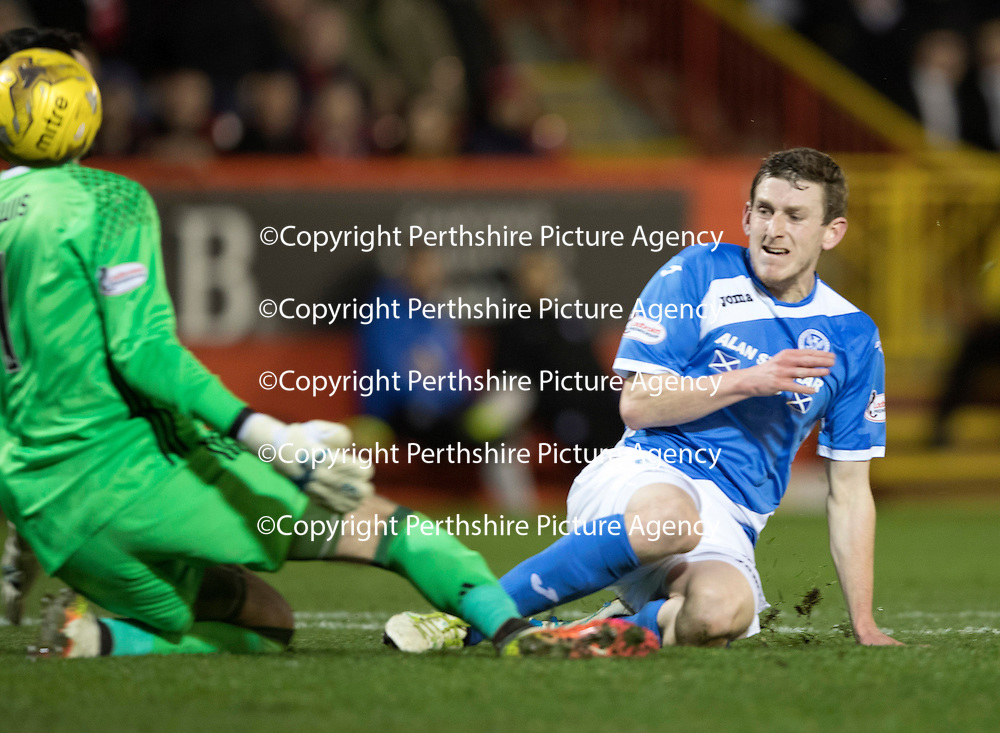 Aberdeen v St Johnstone…10.12.16     Pittodrie    SPFL<br />Blair Alston nicks a poor back pass by Graeme Shinnie only to see his effort go wide of the post<br />Picture by Graeme Hart.<br />Copyright Perthshire Picture Agency<br />Tel: 01738 623350  Mobile: 07990 594431
