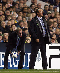 02.11.2010, White Hart Lane, London, ENG, UEFA CL, Tottenham Hotspurs vs Inter Mailand, im Bild Inter Milan Manager /Head Coach, Rafael Benitez  and  Tottenham Manager / Head coach, Harry Redknapp, EXPA Pictures © 2010, PhotoCredit: EXPA/ IPS/ M. Pozzetti *** ATTENTION *** UK AND FRANCE OUT!