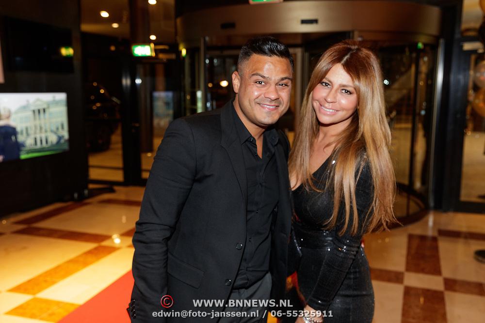 NLD/Amsterdam/20190124 - Inloop 25-jarig jubileum Talkies Magazine NL., Olcay Gulsen en partner Frans Ghazi