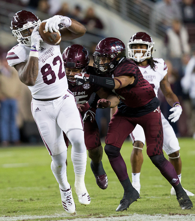 Mississippi State tight end Farrod Green (82) catches a pass for a first down against Texas A&M during the third quarter of an NCAA college football game on Saturday, Oct. 28, 2017, in College Station, Texas. (AP Photo/Sam Craft)