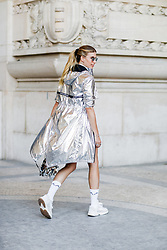 Street style, Veronika Heilbrunner arriving at Paco Rabanne spring summer 2019 ready-to-wear show, held at Grand Palais, in Paris, France, on September 27th, 2018. Photo by Marie-Paola Bertrand-Hillion/ABACAPRESS.COM