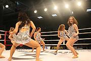 Boxing: Cruiserweight, WBO European Championship, Nuri Seferi (ALB) - Tamas Lodi (HUN), Hamburg, 16.05.2014<br /> Nummerngirls, girls, dancer, Taenzerinnen<br /> ©Torsten Helmke
