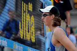 06-06-2010 VOLLEYBAL: JIBA GRAND SLAM BEACHVOLLEYBAL: AMSTERDAM<br /> In een koninklijke ambiance streden de nationale top, zowel de dames als de heren, om de eerste Grand Slam titel van het seizoen bij de Jiba Eredivisie Beach Volleyball - Christiaan Varenhorst<br /> ©2010-WWW.FOTOHOOGENDOORN.NL