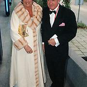 Premiere Dinnershow 2000, Willibrord Frequin en vrouw Marianne van Beek