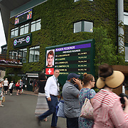 LONDON, ENGLAND - JULY 16: Fans arriving at Center Court for Men's Final Day during the Wimbledon Lawn Tennis Championships at the All England Lawn Tennis and Croquet Club at Wimbledon on July 16, 2017 in London, England. (Photo by Tim Clayton/Corbis via Getty Images)