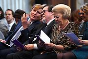 Koning Willem Alexander reikt Erasmusprijs 2016 uit aan  aan Britse schrijfster A.S. (Antonia Susan) Byatt.<br /> <br /> King Willem Alexander awards the  Erasmus Prize 2016 to British writer A.S. (Antonia Susan) Byatt.<br /> <br /> Op de foto / On the photo:  koning Willem-Alexander en Prinses Beatrix