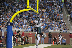 DETROIT - SEPTEMBER 19: Running back LeSean McCoy #25 of the Philadelphia Eagles dunks the ball over the goal post after scoring his second rushing touchdown during the game against the Detroit Lions on September 19, 2010 at Ford Field in Detroit, Michigan. The Eagles won 35-32. (Photo by Drew Hallowell/Getty Images)  *** Local Caption *** LeSean McCoy