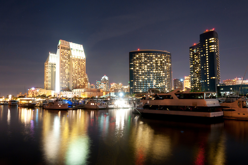 Embarcadero Marina Park South and San Diego Bay on a warm February evening in Southern California. Photo by William Drumm.