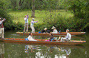Oxford nearest to camera. The Dangerous Sports Club host the innauguaral Oxford V  Cambridge Punt Race. University Parks. Oxford. 25 June 2005. 25 June 2005. ONE TIME USE ONLY - DO NOT ARCHIVE  © Copyright Photograph by Dafydd Jones 66 Stockwell Park Rd. London SW9 0DA Tel 020 7733 0108 www.dafjones.com