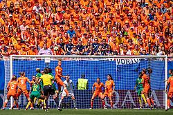 15-06-2019 FRA: Netherlands - Cameroon, Valenciennes<br /> FIFA Women's World Cup France group E match between Netherlands and Cameroon at Stade du Hainaut / Orange support, Anouk Dekker #6 of the Netherlands, /8/, Daniëlle van de Donk #10 of the Netherlands