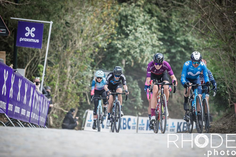 Juliette Labous (FRA/DSM),Leah Thomas (USA/Movistar), Joscelin Lowden (GBR/Drops LeCol) and Demi Vollering (NED/SD Worx) in front of the race<br /> <br /> Women's Elite Brabantse Pijl 2021 <br /> 1 Day Race: Lennik - Overijse 127km<br /> <br /> ©Rhode.Photo