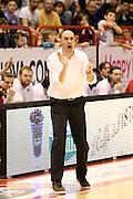 DESCRIZIONE : Campionato 2015/16 Giorgio Tesi Group Pistoia Obiettivo Lavoro Bologna<br /> GIOCATORE : Esposito Vincenzo<br /> CATEGORIA : Allenatore Coach Mani<br /> SQUADRA : Giorgio Tesi Group Pistoia<br /> EVENTO : LegaBasket Serie A Beko 2015/2016<br /> GARA : Giorgio Tesi Group Pistoia - Obiettivo Lavoro Bologna<br /> DATA : 10/04/2016<br /> SPORT : Pallacanestro <br /> AUTORE : Agenzia Ciamillo-Castoria/S.D'Errico<br /> Galleria : LegaBasket Serie A Beko 2015/2016<br /> Fotonotizia : Campionato 2015/16 Giorgio Tesi Group Pistoia - Obiettivo Lavoro Bologna<br /> Predefinita :