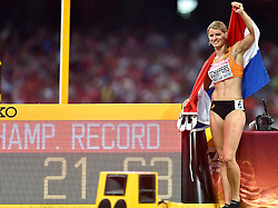 28-08-2015 CHN: IAAF World Championships Athletics day 7, Beijing<br /> Dafne Schippers (NED) won at 200 m with World Championship  Record<br /> Photo by Ronald Hoogendoorn / Sportida