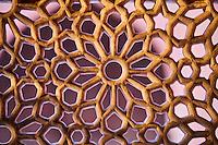 Inde, état de l'Uttar Pradesh, Fatehpur Sikri, ancienne capitale de l'empire moghol, classée Patrimoine Mondial de l'UNESCO, la Grande Mosquée Jama Masjid, detail du travail du marbre // India, Uttar Pradesh, Unesco World heritage, Fatehpur Sikri, Jama Masjid, marble detail