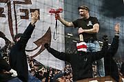 Fuusball: 2. Bundesliga, FC St. Pauli - Hamburger SV 2:0, Hamburg, 16.09.2019<br /> Jubel St. Pauli-Fans, Ultras<br /> © Torsten Helmke