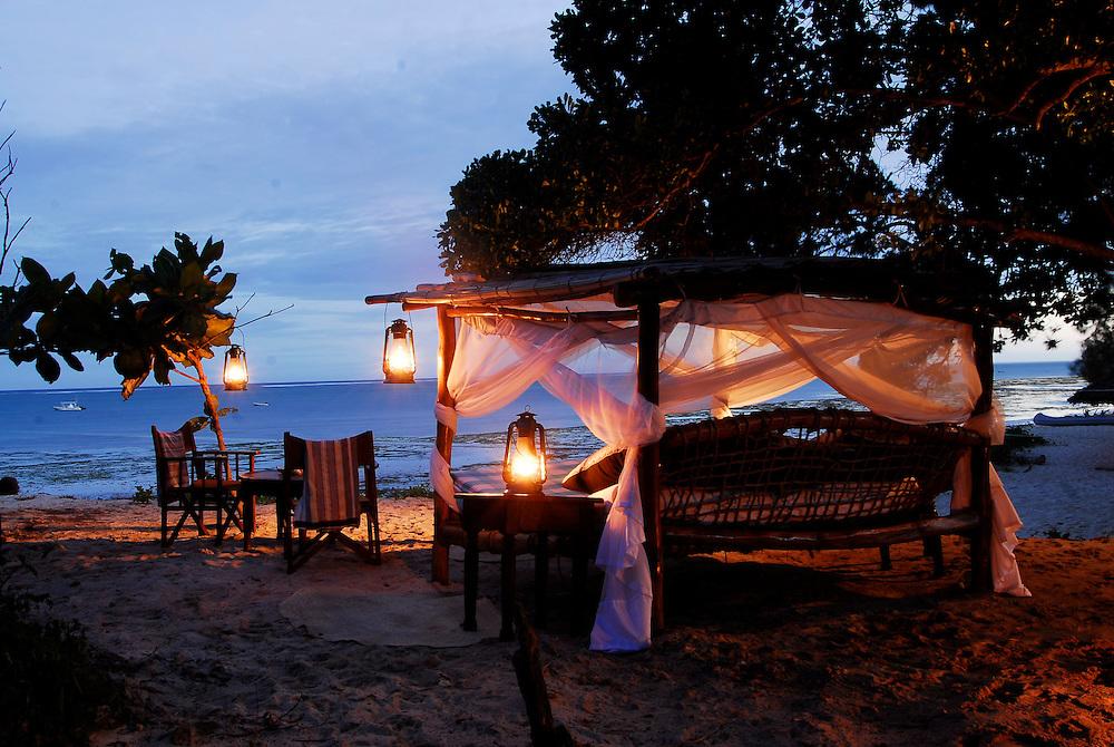 Kinondu Kwetu, Svenska Hotel, Ida o Filip, Africa, Kenya, Diani Beach, Beach Bed, Day Bed, Eurocard, www.eurocard.se, eurocard.com