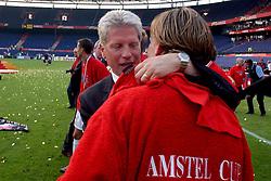 01-06-2003 NED: Amstelcup finale FC Utrecht - Feyenoord, Rotterdam<br /> FC Utrecht pakt de beker door Feyenoord met 4-1 te verslaan / Han Berger