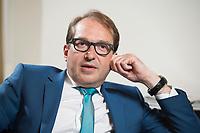 11 JUN 2015, BERLIN/GERMANY:<br /> Alexander Dobrindt, CSU, Bundesverkehrsminister, waehrend einem Interview, in seinem Buero, Bundesministerium fuer Verkehr und digitale Infrastruktur<br /> IMAGE: 20150611-01-019<br /> KEYWORDS: Büro