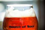 En suröl på Cascade Brewings krog The Barrel House i Portland, Oregon. <br /> Foto: Christina Sjögren