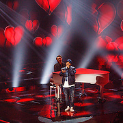 NLD/Hilversum/20160129 - Finale The Voice of Holland 2016, Brace