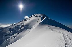 THEMENBILD - Mont Blanc. Der Mont Blanc ist mit 4810 m Höhe der höchste Berg der Alpen und der Europäischen Union. Aufgenommen am 07.08.2018 in Chamonix, Frankreich // Mont Blanc. Mont Blanc (4810m) is the highest Mountain of the Alps and the European Union. Chamonix, France on 2018/08/07. EXPA Pictures © 2018, PhotoCredit: EXPA/ Michael Gruber