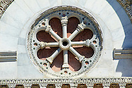 Detail of the Rose window  of San Michele in Foro is a Roman Catholic basilica church in Lucca, Tunscany, Italy  .<br /> <br /> Visit our ITALY PHOTO COLLECTION for more   photos of Italy to download or buy as prints https://funkystock.photoshelter.com/gallery-collection/2b-Pictures-Images-of-Italy-Photos-of-Italian-Historic-Landmark-Sites/C0000qxA2zGFjd_k<br /> <br /> If you prefer to buy from our ALAMY PHOTO LIBRARY  Collection visit : https://www.alamy.com/portfolio/paul-williams-funkystock/lucca.html .<br /> <br /> Visit our MEDIEVAL PHOTO COLLECTIONS for more   photos  to download or buy as prints https://funkystock.photoshelter.com/gallery-collection/Medieval-Middle-Ages-Historic-Places-Arcaeological-Sites-Pictures-Images-of/C0000B5ZA54_WD0sl