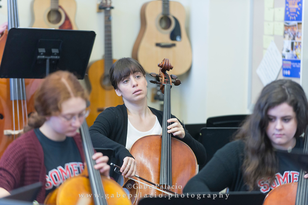 The Aizuri Quartet, Caramoor's 2015-16 Ernst Stiefel String Quartet-in-Residence, leads a Masterclass at Somers High School in Somers  New York on April 14, 2016. <br /> (photo by Gabe Palacio)