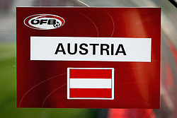 09.08.2011, Wörthersee-Arena, Klagenfurt, AUT, OEFB Training, im Bild eine Tafel (AUT) // during a Trainingssession of the Nationalteam from Austria, W?rthersee Arena, Klagenfurt, 2010-08-09 , EXPA Pictures © 2011, PhotoCredit: EXPA/ O. Hoeher