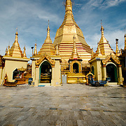 Golden stupa at Sule Pagoda