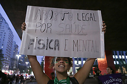 September 28, 2018 - Sao Paulo, Sao Paulo, Brazil - Protesters participate in demonstration as part of the Latin American and Caribbean Day of Struggle for Legalization of Abortion, in the open space of the São Paulo Art Museum Assis Chateaubriand (Masp) on September 28, 2018. (Credit Image: © Dario Oliveira/NurPhoto/ZUMA Press)