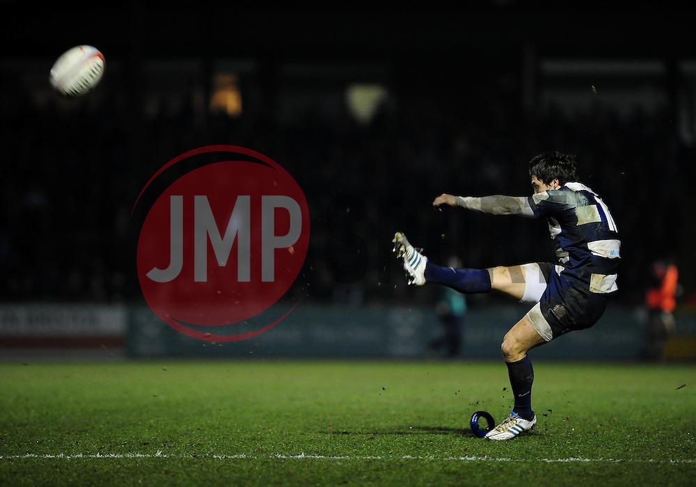 Bristol Fly-Half (#10) Tristan Roberts prepares to kick a penalty - Photo mandatory by-line: Dougie Allward/JMP - Tel: Mobile: 07966 386802 08/03/2013 - SPORT - RUGBY - Memorial Stadium - Bristol. Bristol v Nottingham - RFU Championship.