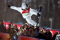 Ski<br /> Snøbrett / Snowboard<br /> Foto: imago/Digitalsport<br /> NORWAY ONLY<br /> <br /> 13.02.2006  <br /> <br /> Gretchen Bleiler (USA) - fronside grab