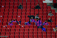 PIRAEUS, GREECE - FEBRUARY 25: Substitutes of Arsenal FC during the UEFA Europa League Round of 32 match between Arsenal FC and SL Benfica at Karaiskakis Stadium on February 25, 2021 in Piraeus, Greece. (Photo by MB Media)