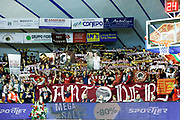 DESCRIZIONE : Venezia Lega A 2015-16 Umana Reyer Venezia Acqua Vitasnella Cantu<br /> GIOCATORE : Tifosi Umana Reyer Venezia<br /> CATEGORIA : Tifosi<br /> SQUADRA : Umana Reyer Venezia Acqua Vitasnella Cantu<br /> EVENTO : Campionato Lega A 2015-2016<br /> GARA : Umana Reyer Venezia Acqua Vitasnella Cantu<br /> DATA : 06/12/2015<br /> SPORT : Pallacanestro <br /> AUTORE : Agenzia Ciamillo-Castoria/G. Contessa<br /> Galleria : Lega Basket A 2015-2016 <br /> Fotonotizia : Venezia Lega A 2015-16 Umana Reyer Venezia Acqua Vitasnella Cantu